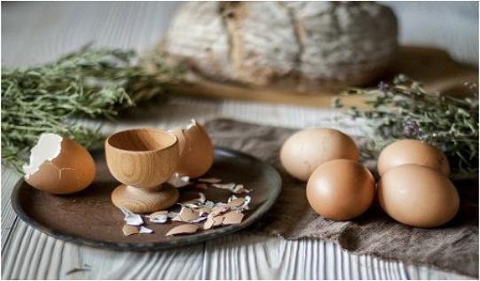 Сколько есть яиц в день