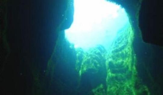 Источник кристально чистой воды