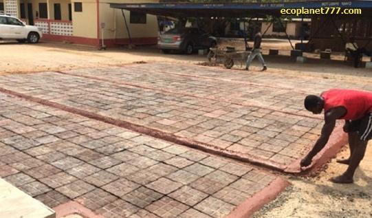 Изготовление тротуарной плитки из пластика в Африке