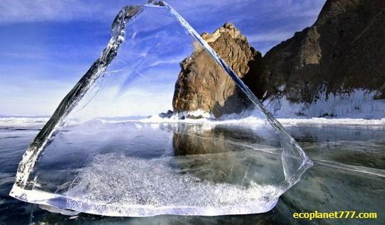 Стеклянная вода