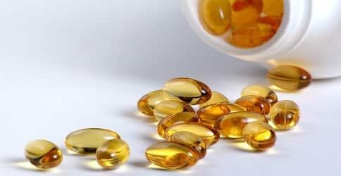 Витамины для роста ресниц и бровей
